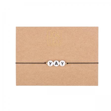 handgefertigtes zartes Armband,  YAY, Buchstabenperlen, Design by JO&LEO